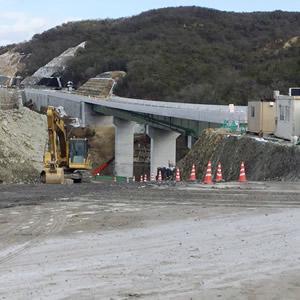 新名神高速道路工事
